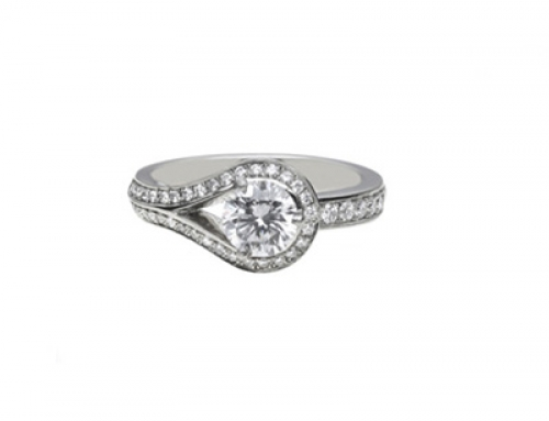 Drop Ring in Platinum and Diamonds